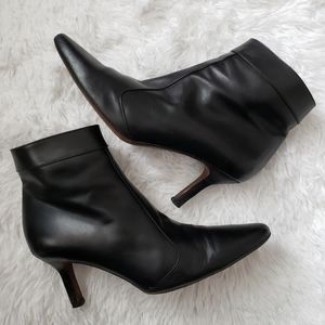 Cole Haan Black Leather Ankle Heeled Booties
